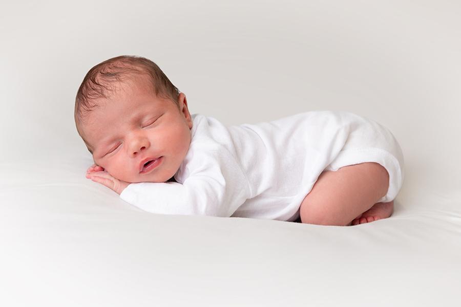 Minimalist Newborn Portrait by Mebane Baby Portrait Photographer